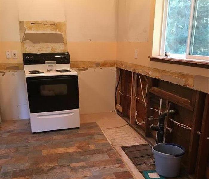 Kitchen Cabinets be-Gone After